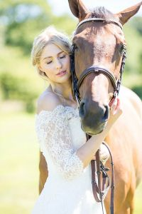 rural_romance_at_bawdon_lodge_farm_10