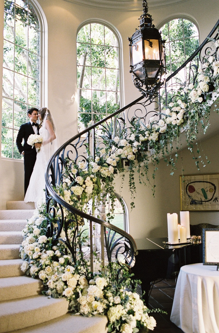 4 Show Stopping Wedding Flower Ideas - floral staircase garland