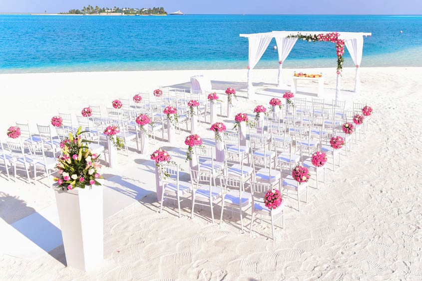 7 Top Tips for Planning Your Perfect Beach Wedding