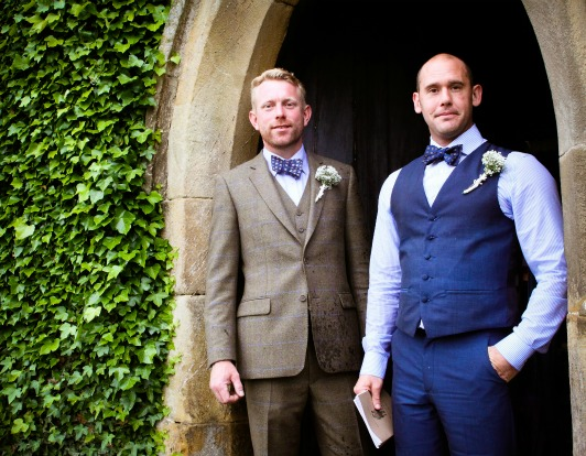 a derbyshire marquee wedding at Shingford Manor - Photography by 2 Ducks Galleries